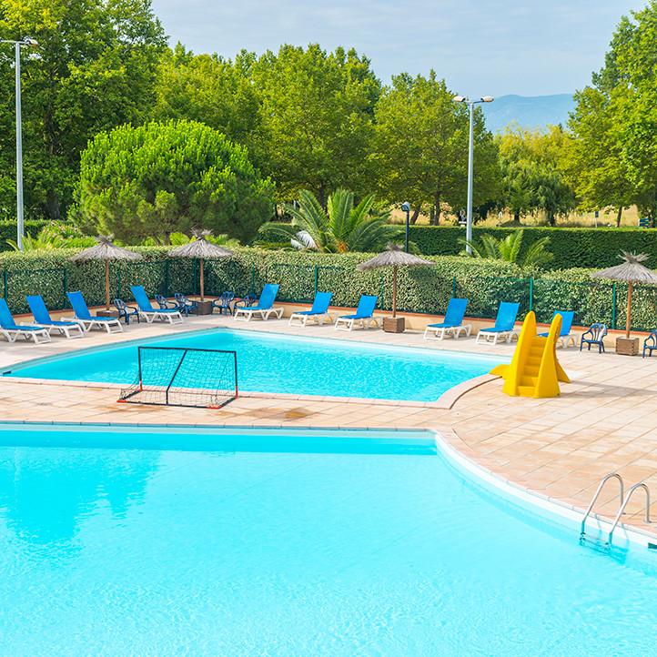 village vacances piscine saint cyprien 2